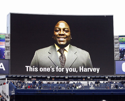 20100418_Harvey_Winston_Ceremony_LR_11.jpg